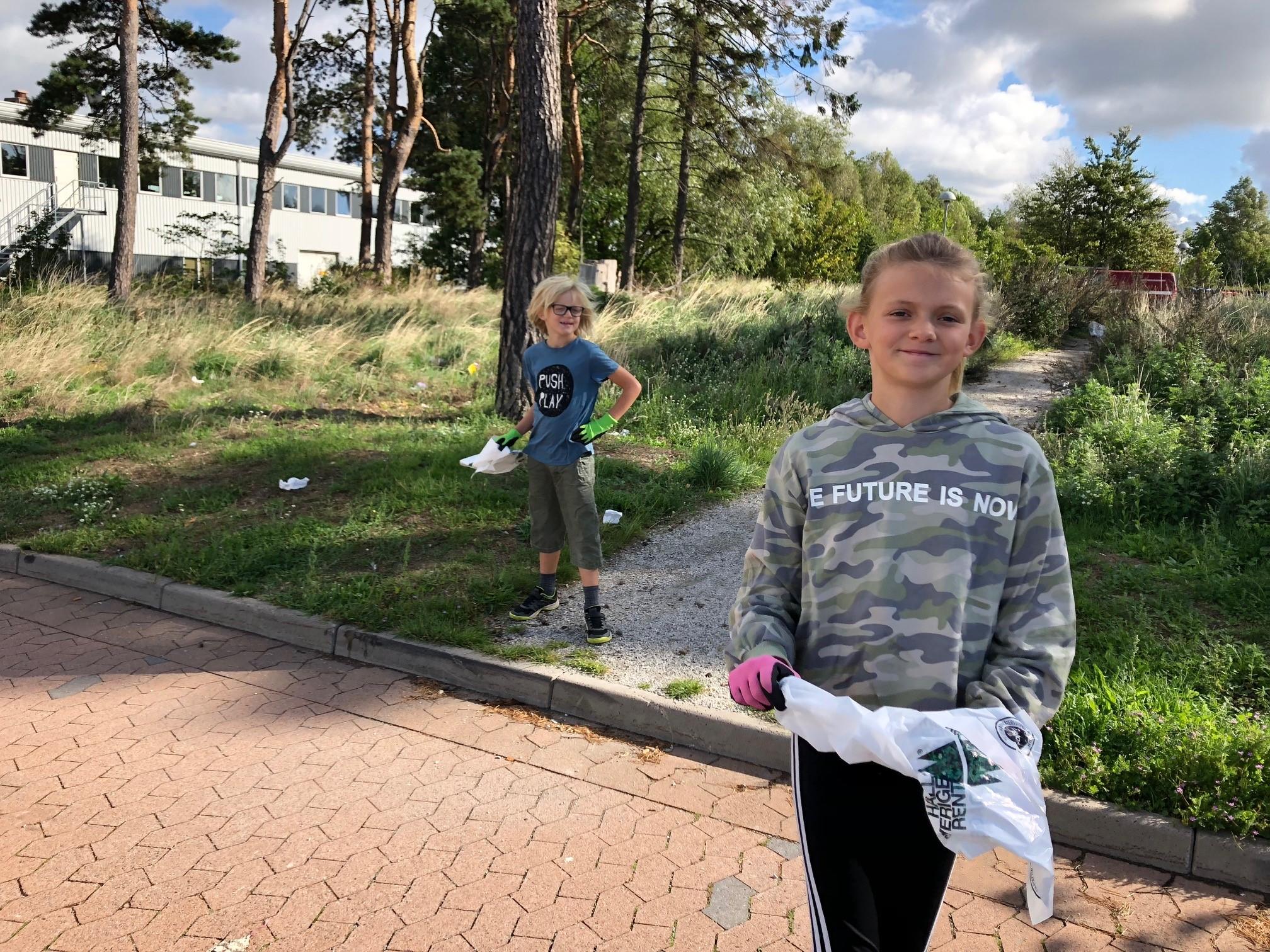 Malin Johanson_kids at World Cleanup Day