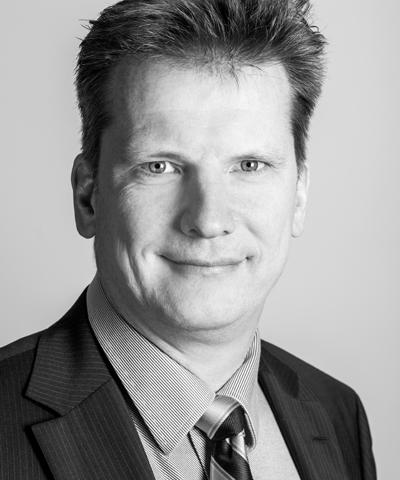 Wolfgang Laures